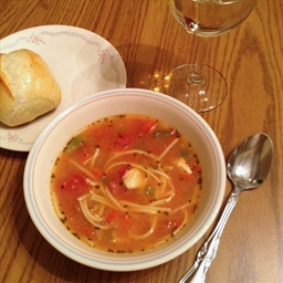 Chunky chicken & pasta soup