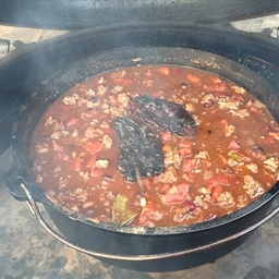 Cow Lickin' Chili (done on the Big Green Egg)