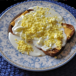 Creamed Eggs and Cheese on Toast