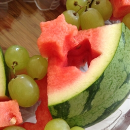 Easy Fruit Party Platter