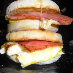English Muffin W/bacon Ha