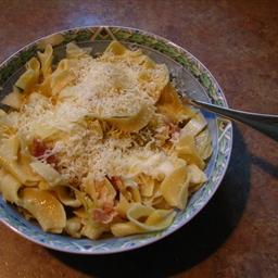 Farfalle with Savoy Cabbage, pancetta, thyme and Mozzarella