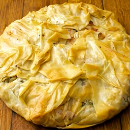 Filo chicken pie