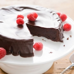 Flourless Chocolate Cake with Dark Chocolate Glaze