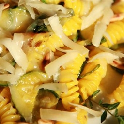 Fusilli with courgette and saffron