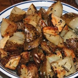 Garlic Rosemary Roasted Potatoes