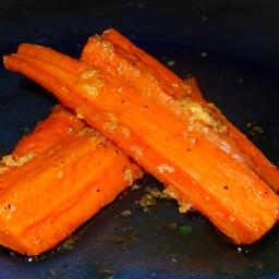 Ginger Sweet Roasted Carrots