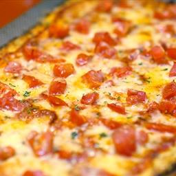 Grain Free Cheese Pizza w/Cauliflower Pizza Crust
