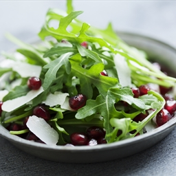 Green Salad with Pomegranate