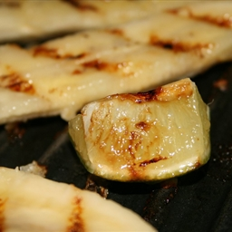 Grilled Bananas with Coconut Cream