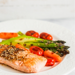 Grilled Salmon & Mixed Summer Vegetables with Vinaigrette