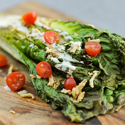Grilling: Romaine Salad with Spicy Ranch, Tomatoes and Fried Onions