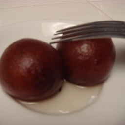 Gulab Jamuns (Easy Method)
