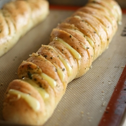Hasselback Garlic Cheesy Bread