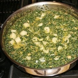 Indian Spinach (saag Panir)