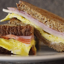 5 Minute Breakfast Sammich
