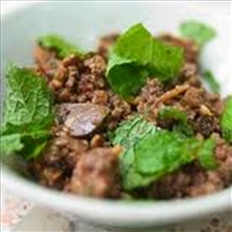 Laab Nuea (Ground Beef Salad)