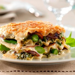 Lasagne with Vegetables & Creamy White Sauce