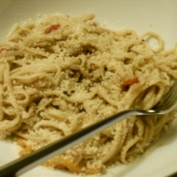 Linguine with Kalamata Clam Sauce