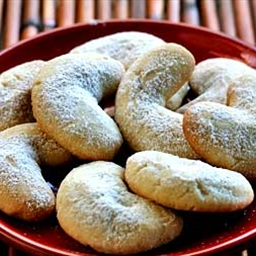 Martha Stewarts Almond Crescent Cookies