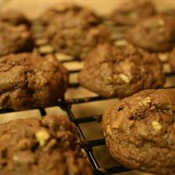Milk Chocolate Chip Cookies with Pecans
