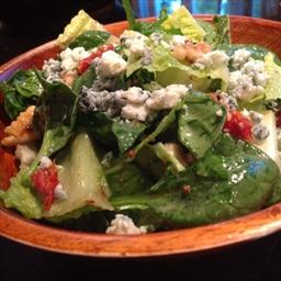 Mixed Green Salad with Walnuts