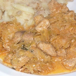 North Croatian pork and sauerkraut stew (Sekeli gulaš)