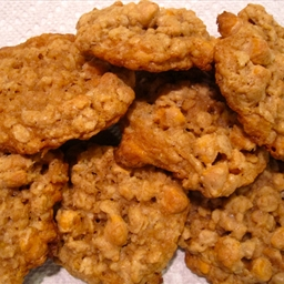 Oatmeal Scotchies (Nestle recipe)