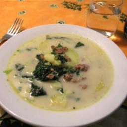 Olive garden style zuppa toscana wedding soup bigoven 164174 What time does the olive garden close