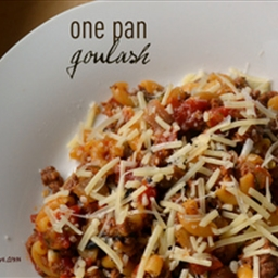 One Pan Goulash