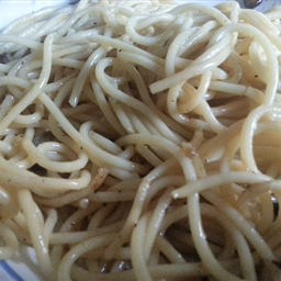 Pasta In Garlic Sauce