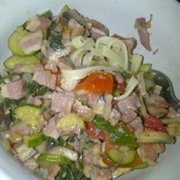 Pasta with bacon, veg and rosemary topping