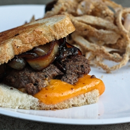 Patty Melts with Onion Rings