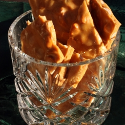 Peanut Brittle - Giant Gift Recipe