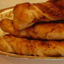 Peppery Braided Breadsticks