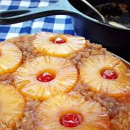 Pineapple Upside-Down Cake with Pineapple Sauce