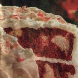 Red Velvet-Peppermint Cake