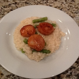 Risotto with Scallops and Asparagus