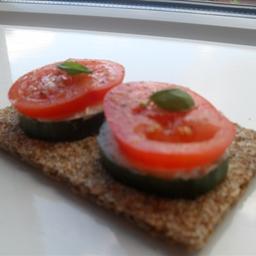 Rivita with Philladelphia and tomato