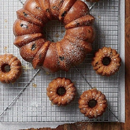 Rum-Raisin Bundt Cake