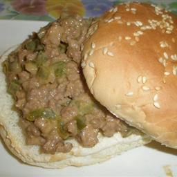Saucy Bbq Sloppy Joes