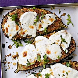 Sauteed aubergines with mozzarella
