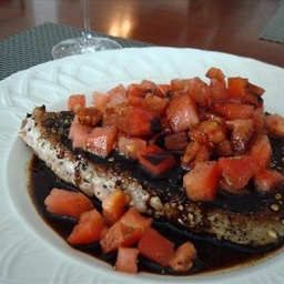 Seared Pepper-Crusted Tuna with Tomatoes and Balsamic Glaze