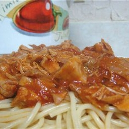 Slow Cooker Neapolitan Sauce with Spaghetti