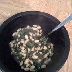 Spinach And White Beans with Garlic
