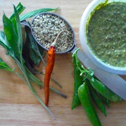 Sweet Pea and Sage Pesto with Hemp Seeds