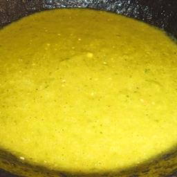 Tomatillo Salsa (Salsa De Tomate Verde)