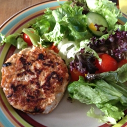 Turkey & Smoky Bacon burgers (Paleo)