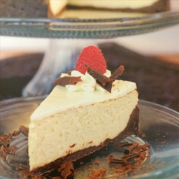Vanilla Brownie Cheesecake