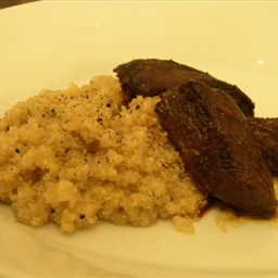 White Quinoa with Cube Steak